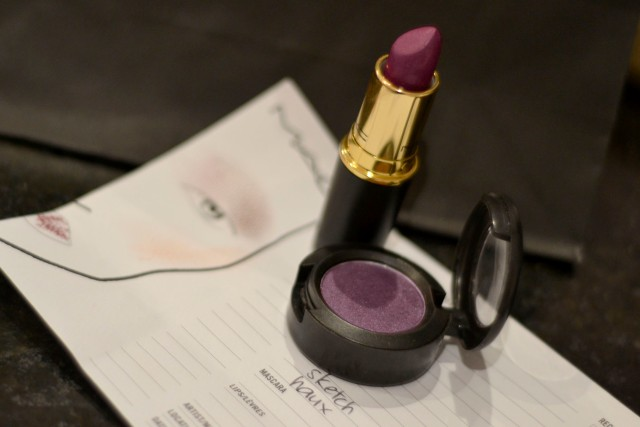 Lipstick - Private Party Eyeshadow - Sketch